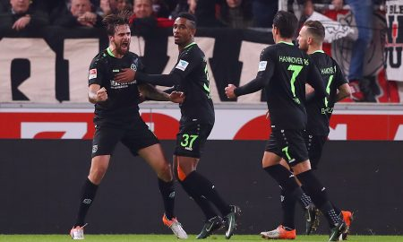 STUTTGART, GERMANY - DECEMBER 12: Martin Harnik (L) of Hannover celebrates his team's first goal with team mates during the Second Bundesliga match between VfB Stuttgart and Hannover 96 at Mercedes-Benz Arena on December 12, 2016 in Stuttgart, Germany.  (Photo by Alex Grimm/Bongarts/Getty Images)
