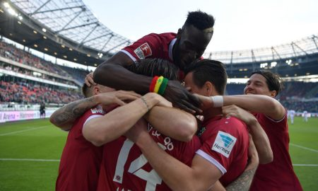 HANOVER, GERMANY - APRIL 04:  Martin Harnik of Hannover celebrates scoring his goal with teamates during the Second Bundesliga match between Hannover 96 and 1. FC Nuernberg at HDI-Arena on April 4, 2017 in Hanover, Germany.  (Photo by Stuart Franklin/Bongarts/Getty Images)